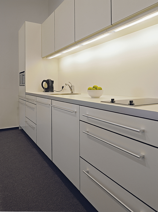 How To Put Spotlights Under Kitchen Wall Units